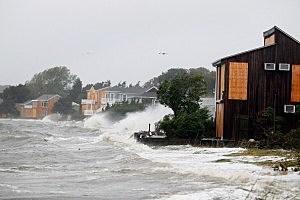 Hurricane Irene Slams Into Long Island