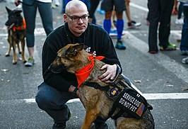 """A&E's """"Dogs Of War"""" 2K-9 Race"""
